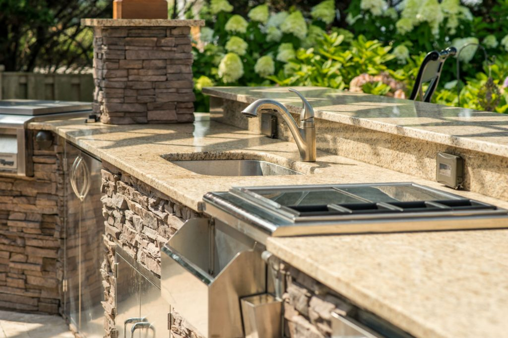 Outdoor Kitchen, Are You Ready for an Outdoor Kitchen?