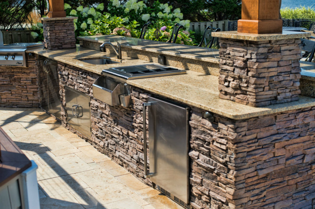 Outdoor Living, Make the Most of Outdoor Living – Create a Backyard Paradise